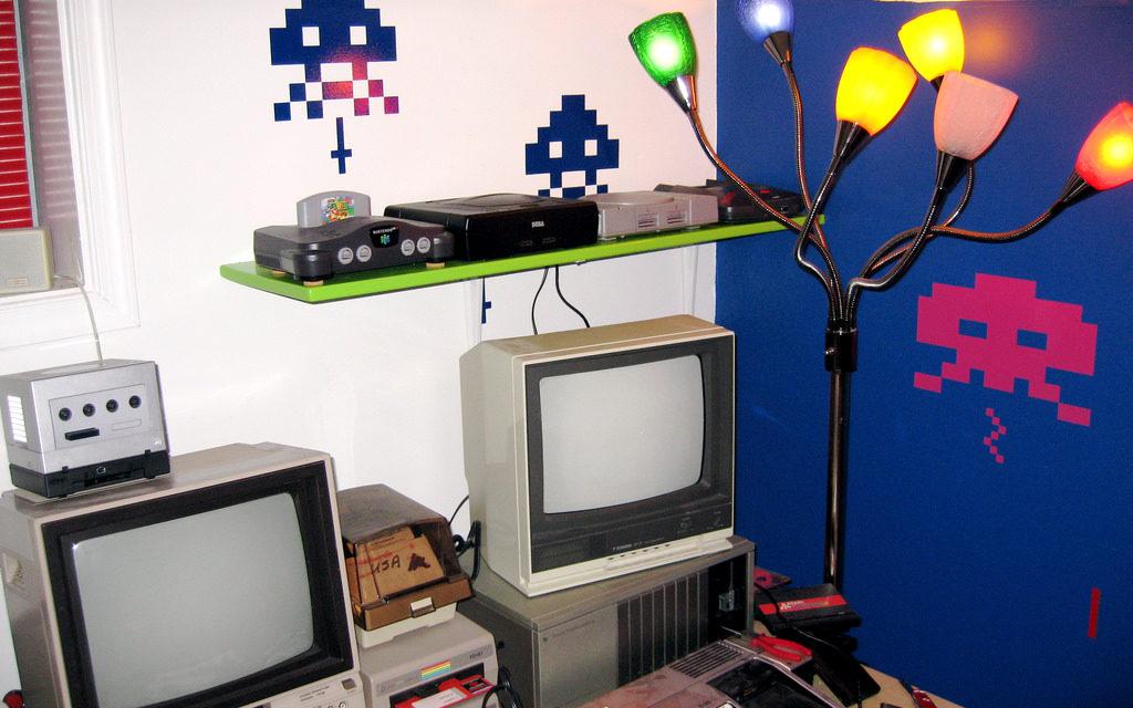 Retro-gaming war heats up: Atari and Sega Flashback consoles coming September 22