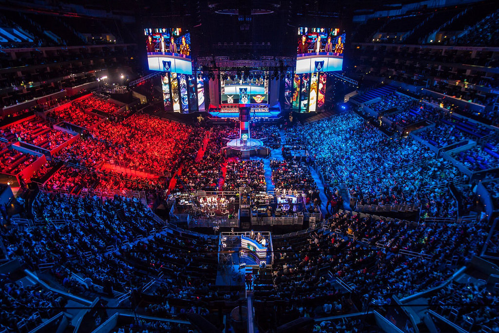 Esports: A Guide to Competitive Video Gaming